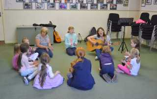 Childrens singing session '16